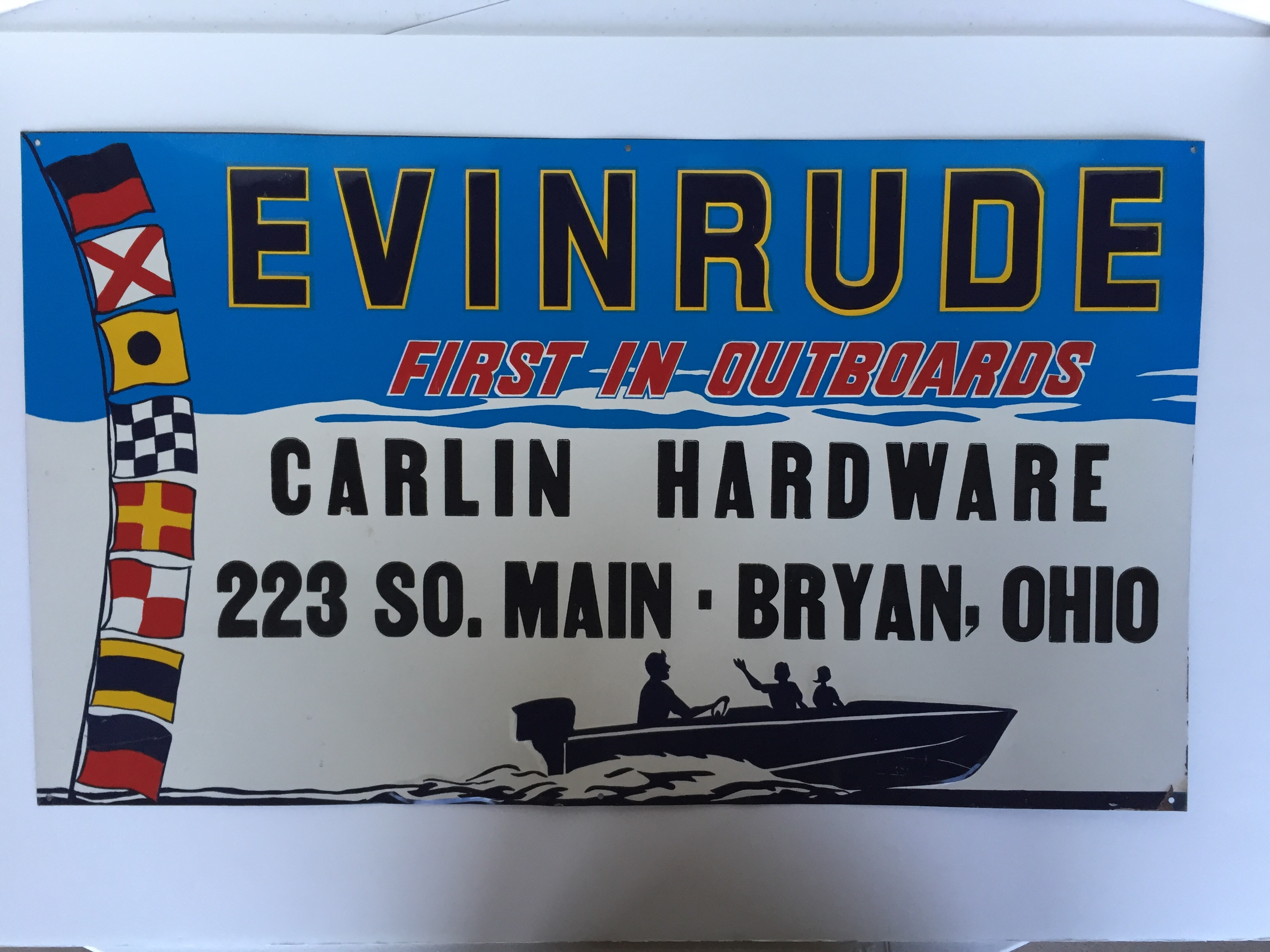 blue Evinrude sign